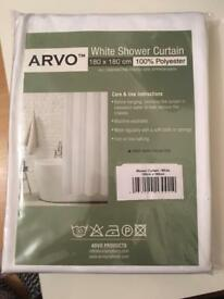 BNIP. ARVO BRAND. WHITE SHOWER CURTAIN.