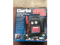CAR BATTERY CHARGER PORTABLE 12DC AND BOOST START