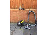 Dyson DC28C Bagless Vacuum Cleaner