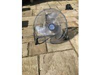 Large Commercial Fan, 3 modes