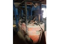 Toyota 1.5 ton forklift, low mast, bargain