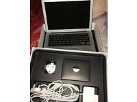 "Apple Mac Book Air 13.3"" (hardly used)"
