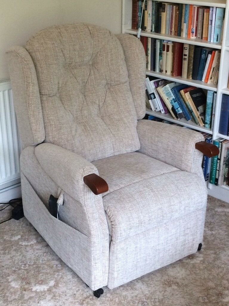 Tremendous Luxury Electric Recliner Chair Perfect Condition In Norwich Norfolk Gumtree Machost Co Dining Chair Design Ideas Machostcouk