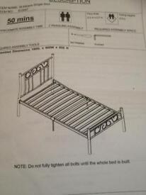 Single metal bed frame (white)