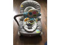 Chicco Balloon Baby Bouncer - Grey
