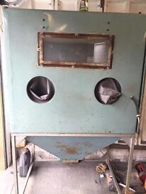 Used sandblasting cabinet