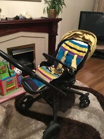 Quick sell £100 for mamas papas Mylo Pushchair & Carrycot Set
