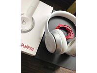 Dre Beats Solo 2 Wireless Headphones