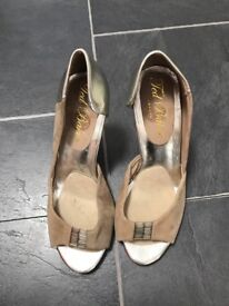 Ladies shoes - ted baker - size 3