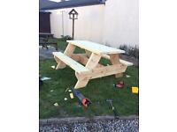 Sturdy and chunky 5ft Picnic table