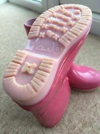 Kids Clarks pink wellies size 6