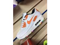 Kids/women's air max 90 (3 or 5) available