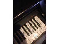 Yamaha clavinova CLP 840 piano