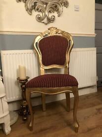 Lovely ornate chair 💞