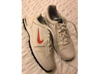 Nike boys white golf shoes