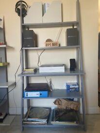 Ladder bookcase light grey