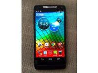 Motorola RAZR i XT890 (Black, unlocked)