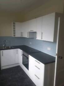2 bed flat to rent in Largs