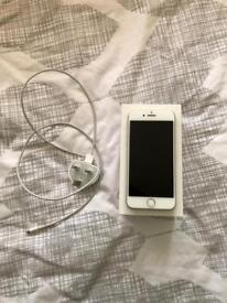 iPhone 7, 128GB with brand new apple charger! Message 07507330733 for details!