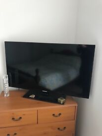 """Blaupunkt 40"""" LED tv with built in freeview just over a year old. With remote. Full working order."""