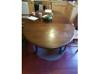 Solid Wood Extandable Dining Table
