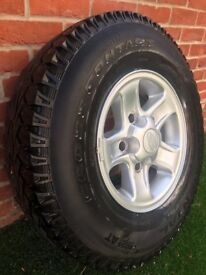 "5x 16"" boost wheels and tyres for Land Rover Defender"