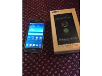 Samsung galaxy S4 mini with box and unlocked to all network