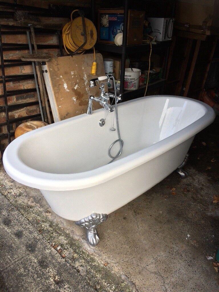 Bath (freestanding) + taps + shower