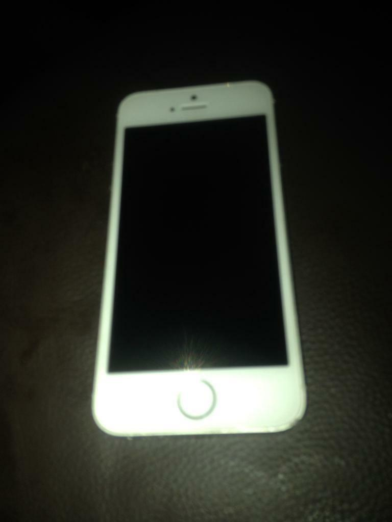 SWAP ONLY 16GB iPhone 5s locked on EE Good Condition