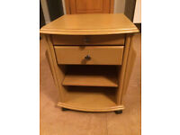 Solid wood Mobile Bedside cabinet/Companion Table
