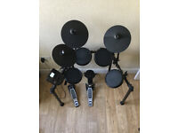 Alesis Nitro 8-Piece electronic Drum Kit, Stool & Sticks - Excellent Condition.