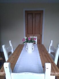 shabby chic,farmhouse dinning table and four chairs,