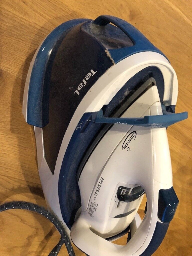 Tefal iron pro express with separate water store