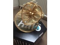 Brand New Max and Ellie Gold Hatinator/ Fascinator with box