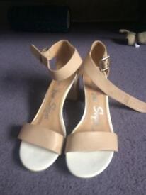 George high heels