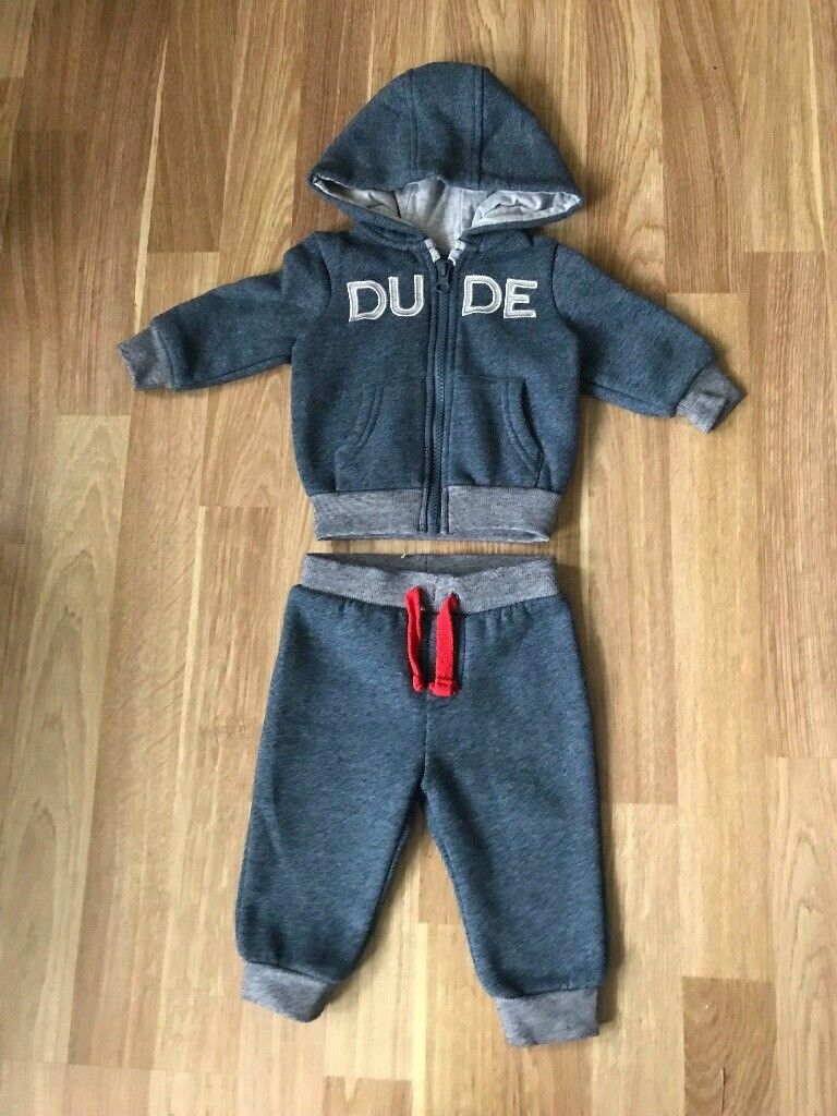 Early days DUDE joggying suit 3-6 months
