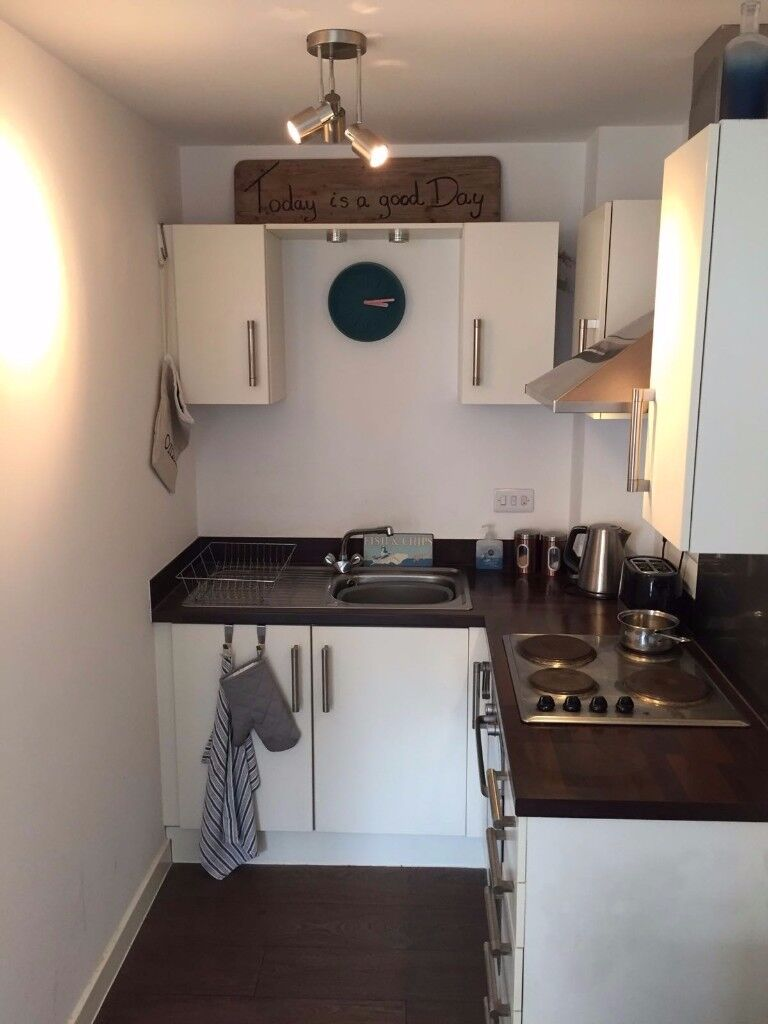 Paula Rosa Fitted Kitchen *Need Gone ASAP*