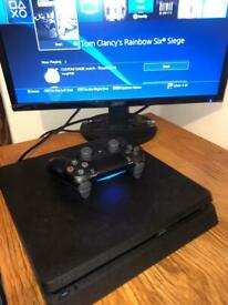 PS4 PRO PLAYSTATION 4 PRO SONY 1TB BOXED COMPLETE BARELY