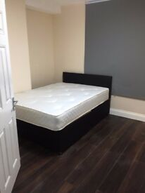 DOUBLE BEDROOM WITH PRIVATE BATHROOM - HOUSE SHARE FULLY FURNISHED ALL BILLS INC