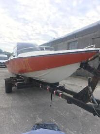 Driver 500 speedboat