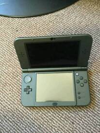 New 3ds xl with 5 games