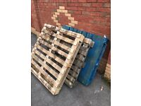 Wooden pallets x 3 FREE