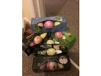 Set of 3 bath bombs £6 each or two for £10