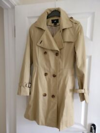 Coat / rain mac perfect condition, size 10 cream/beige from H&M