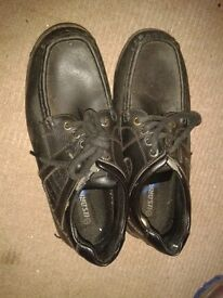 boys school shoes size 5