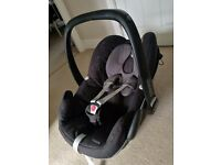 Silver Cross Wayfarer pushchair/travel system including maxi-cosi car seat in excellent condition.
