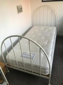 REDUCED Single metal bedstead with Staples mattress