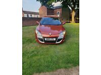 Renault Megane coupe Orange