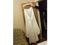 WEDDING DRESS DEBENHAMS SIZE 14 EURO42 IN CASE CAN DELIVER LOCAL ONLY MANCHESTER