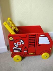 Jo jo maman bebe wooden fire engine push along/storage